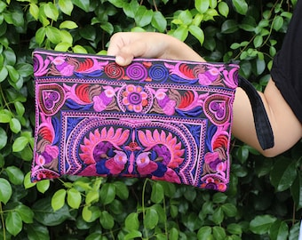 Women Fashion Pink Clutch With Embroidered Fabric