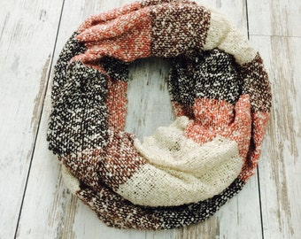 Knit Infinity Scarf, Womens Scarves, Chunky Scarf, Winter Scarf, Infinity Scarf for Woman, Fall Scarf, Christmas Gift, Women's Fashion