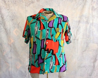 mens vintage rayon shirt . short sleeve button down, loud summer vacation shirt, Haiti tourist shirt . 80s 1990s
