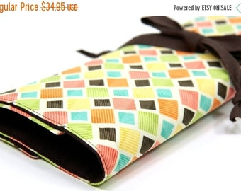 Sale 25% OFF Large Knitting Needle Case - Squared Up - 30 brown pockets for circular, straight, dpn, or paint brushes