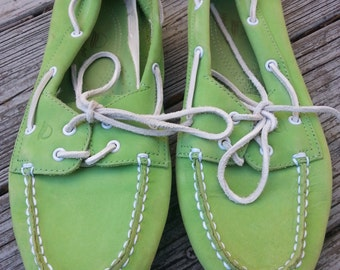 Vintage 80s Lime Green Nubuck Leather Topsiders Deck Shoes Womens 8 W