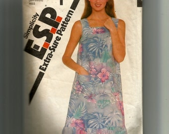 Simplicity Misses' Pullover Sundress Pattern 5114