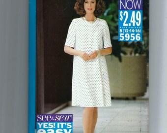 Butterick Misses' / Miss Petite Dress Pattern 5956