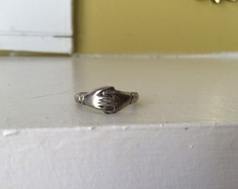 Claddagh Ring / Fede Gimmel Holding Hands Ring / COSTUME / Wedding Band Betrothal Engagement