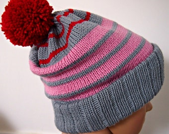 Beanie grey pink and red stripes