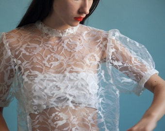 puff sleeve lace blouse / sheer blouse / vintage lace top / white blouse / s / m / 087t / B18