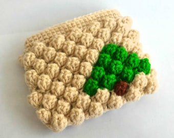 Crochet coin purse/Pouch with zipper- Christmas tree