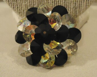 Black and Clear Round Shaped Glass Crystals Rhinestones Brooch