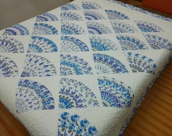 Queen size Machine pieced and quilted patchwork Quilt
