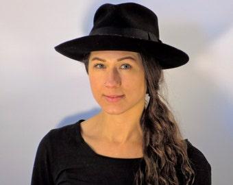 black wool cowboy hat western hat sun hat  size 7 1/8 // USA MADE // fauxy furr vintage wh10-0116z