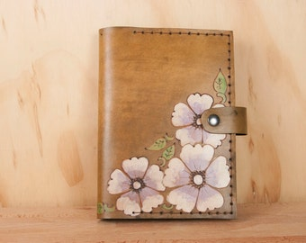 Photo Album - Leather Brag Book in the Belle Pattern with wild roses - 4x6 Photo Album