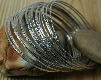Stacking Bangle Bracelets, Silver Plated Bangles, Handmade Bangles Hammered Bangles, 3 pcs (item ID XMSP65T)