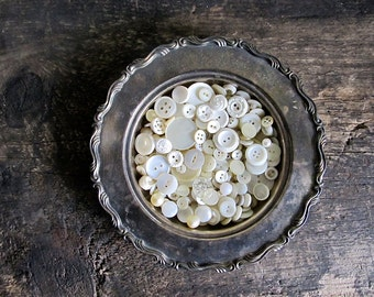 200 Vintage White Buttons