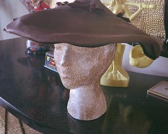 SALE Vintage 1930s Hat Brown Portrait Swing Old Hollywood 1940s 30s 40s velvet bows
