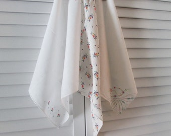 Three Vintage Hankies/ Handkerchiefs - Small White Hankies