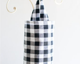 Fabric Cloth Plastic Grocery Bag Holder Black and White Plaid