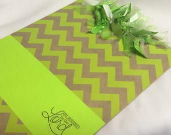 CHRISTIAN CLIPBOARD Bright Chevron
