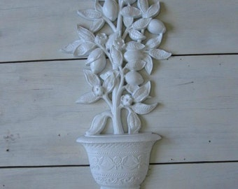 Vintage flower pot fruit wall hanging homco white retro leaves
