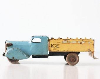 Vintage Ice Truck, Wyandotte Toy Ice Truck