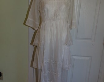 SALE Antique Edwardian Embroidered White Cotton Tea Dress with Lace