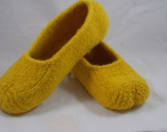 Wool Knit Felted Slippers, US Men's size 10