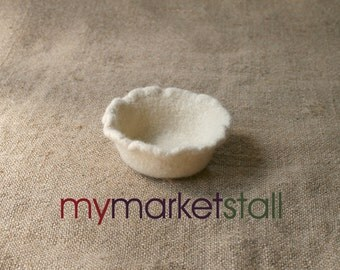Natural Ruffled Felted Bowl in Fisherman White  - Ready to Ship