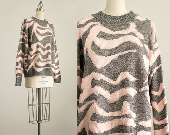 80s Vintage Pink And Gray Abstract Pattern Crew Neck Sweater / Size Medium