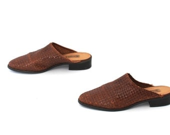size 7 WOVEN brown leather 80s 90s CLOG slip on BOHEMIAN sandals mules