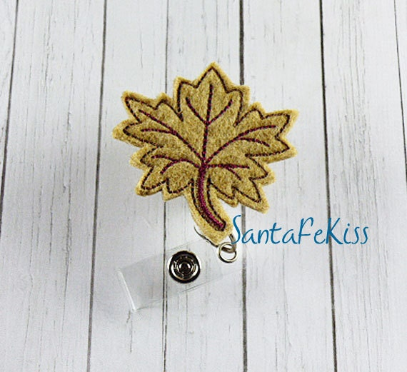 Feltie Badge Reel, Maple Leaf Fall Felt Badge Reel, Fall badge holder, ID Badge Reel Holder, retractable badge holder, badge clip