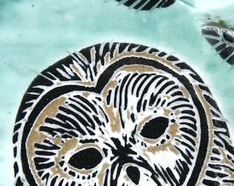 green barn owl face - art tile for your wall