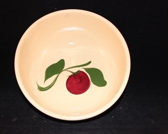 Vintage Large Apple Pattern Watt Pottery Bowl