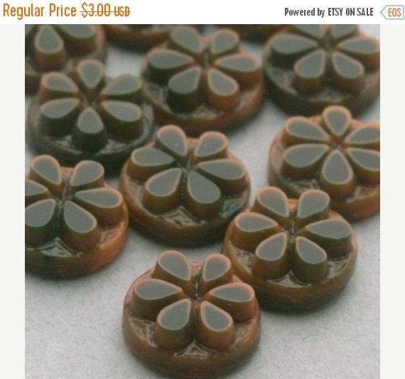 50% Off Sale 10 Vintage Western Germany Glass Flower Cabochons - 7mm - Brown VGC077