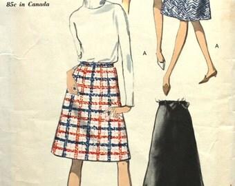 1960's A line Skirt Waist 26 Vogue 6973 Easy to Make