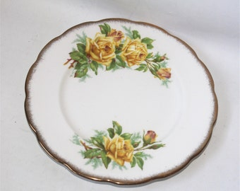 Vintage Royal Albert Bone China England Tea Rose Dish Plate
