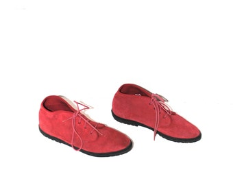 pointy red suede booties 90s GRUNGE Keds lace up oxford pixie boots size 8