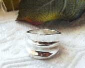 Vintage Mexico .925 Sterling Silver Heavy Wide Ribbed Band Ring Size 8.25