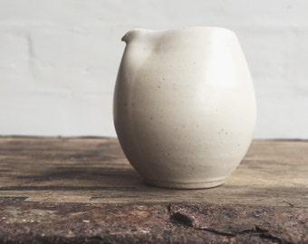 Hand Jug in White