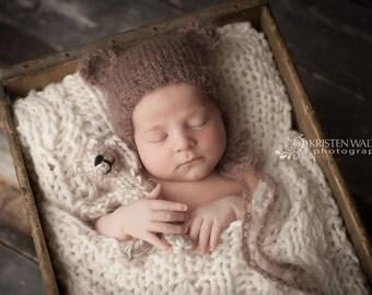 Mohair teddy bear bonnet, brown baby bonnet, newborn photography props, newborn props, newborn hat, newborn photo prop, animal photo prop