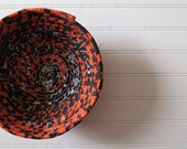 """7"""" Coiled Fabric Bow..."""