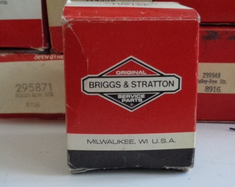 Briggs and Stratton used/NOS in original boxes small engine parts
