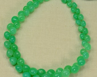 Australian Chrysoprase Smooth Onion Briolette Beads 8.7 inch Strand