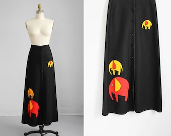 1970s black ELEPHANT long skirt / s