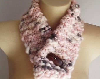 Chunky Knit Wool Scarf - peaches and cream