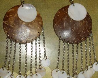 vintage mod shell and gourd long dangle pierced earrings