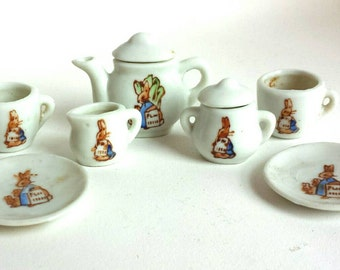 Vintage Miniature Beatrix Potter Doll Toy Tea Set 7 pieces