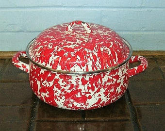 Antique Vintage Enamelware Graniteware Covered Dish Red Spatterware Splatterware