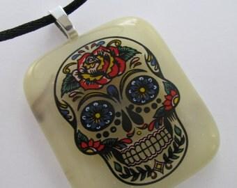 Sugar Skull Pendant, Sugar Skull Fused Glass Pendant, Vanilla Glass Skull Pendant, Unisex Pendant