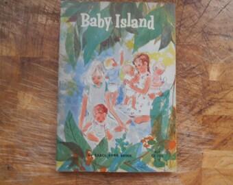 1965 Baby Island by Carol Ryrie Brink Scholastic book TX 702 3/6
