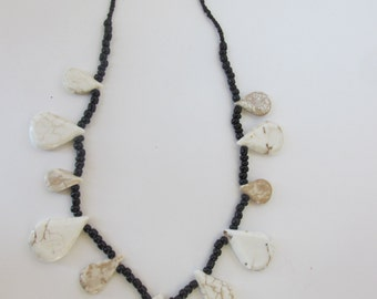 Black and white teardrop necklace