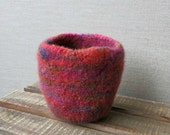 Felted Wool Bowl - Hand Knit, Hand Felted Wool Bowl - Felted Vessel - Wool Bowl - red, orange, green wool bowl